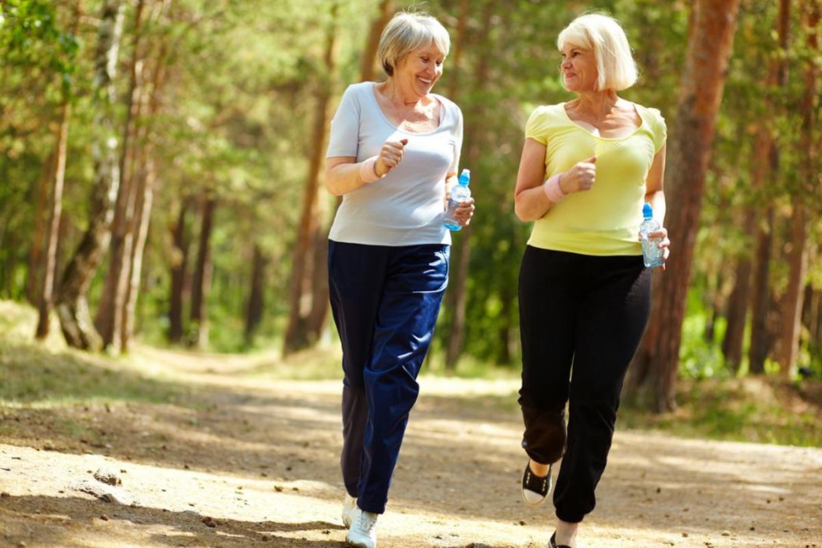 combatir la obesidad sarcopénica en mujeres mayores